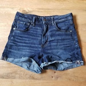 American Eagle Hi Rise Shortie Rolled Dark Wash 8